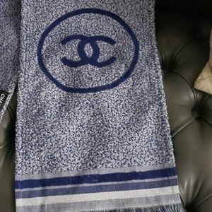 Chanel ... Beach wear 🌊